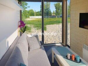 neu wohnhhalle container wohncontainer mit wc k che und. Black Bedroom Furniture Sets. Home Design Ideas